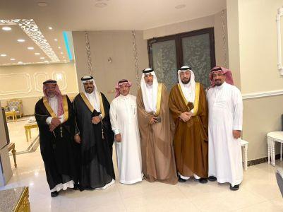 سعدي بن سلطان و رجب بن ابراهيم يحتفلون بزواج فواز